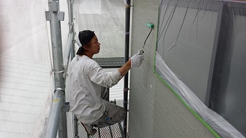 2013年6月23日 稲城市にて外壁下塗り