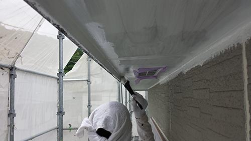 2013年6月23日 稲城市にて外壁塗装・軒下上塗り