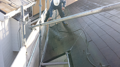 2013年12月2日 川崎市梶ヶ谷の外壁塗装:樋洗浄