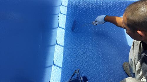 2013年9月3日 横浜市保土ヶ谷区新井町にて鉄部塗装:階段上塗り