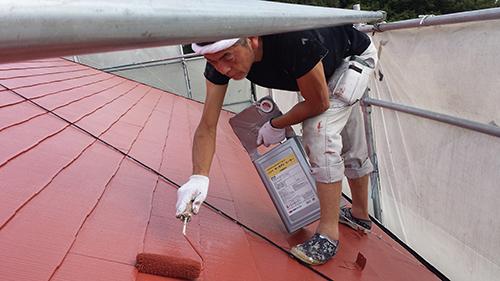 2013年8月4日 横浜市都筑区にて外壁塗装:屋根上塗り