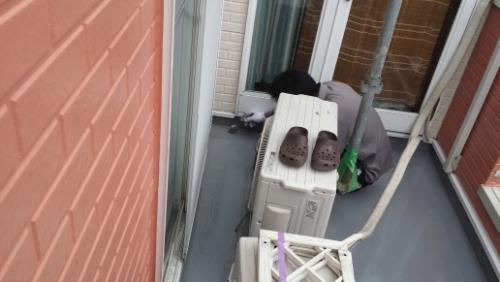 2013年10月22日 横浜市南区堀ノ内 防水:立ち上がりトップコート