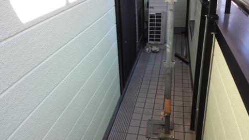 2013年11月21日 川崎区京町 防水塗装:タイル戻し2