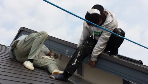 2 013年12月9日 都筑区の防水工事:外壁塗装下塗り