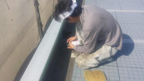 2014年4月12日 神奈川区:屋上側溝の湿気飛ばし