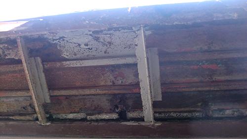 2013年11月20日 川崎市川崎区・鉄階段塗装:鉄部裏