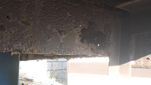 2014年1月12日 旭区白根アパート:鉄階段傷み1