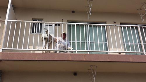 2013年8月22日 横浜市保土ヶ谷区にて鉄部塗装:錆び止め