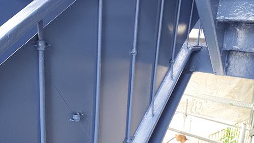 2013年8月26日 横浜市保土ヶ谷区にて鉄部塗装:鉄部上塗り