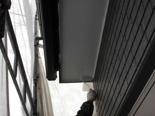 2014年1月16日 神奈川区白幡向町:軒の上塗り中