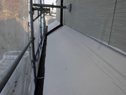 2014年1月18日 神奈川区白幡向町:下屋根中塗り完了後