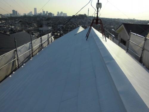 2014年1月18日 神奈川区白幡向町:屋根中塗り完了後