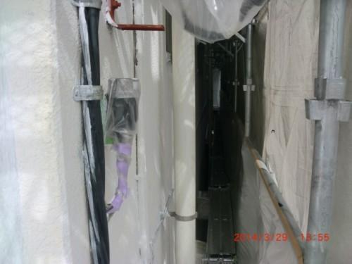 横浜市神奈川区:ALC外壁2回目下塗り2