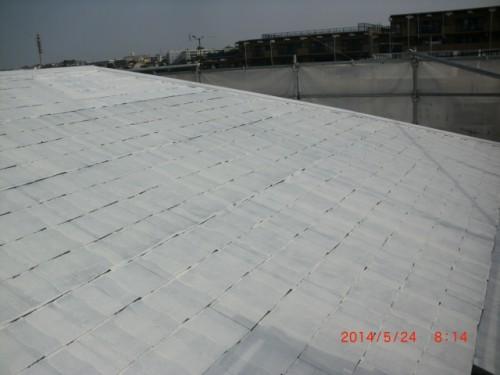 横浜市保土ヶ谷区:屋根遮熱下塗り