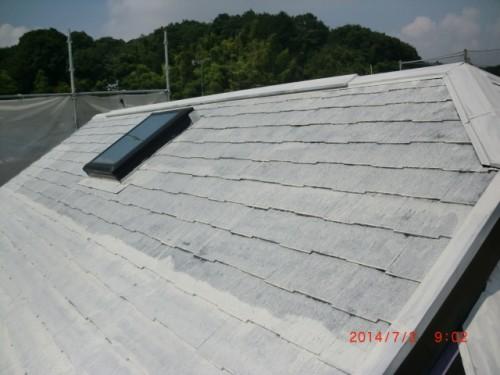 横浜市戸塚区:屋根シーラー下塗り