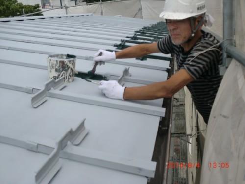 川崎市麻生区:トタン屋根中塗りダメ込み