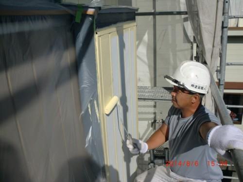 川崎市麻生区:外壁中塗り2