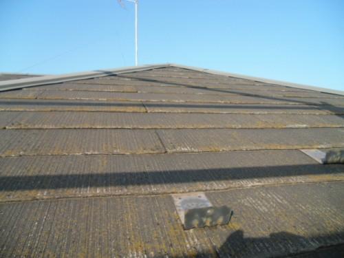 2014年2月3日 青葉区梅が丘:コロニアル屋根洗浄前2