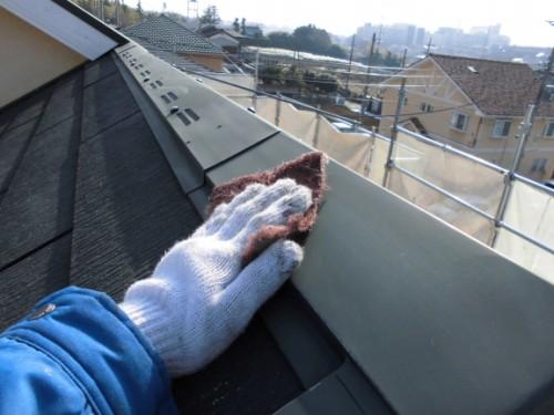 2014年2月25日 川崎市多摩区:屋根鉄部ケレン