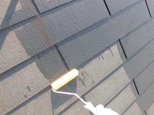 2014年2月25日 川崎市多摩区:屋根下塗りシーラー塗布