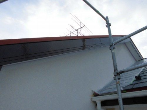 2014年3月7日 川崎市多摩区:破風上塗り完了