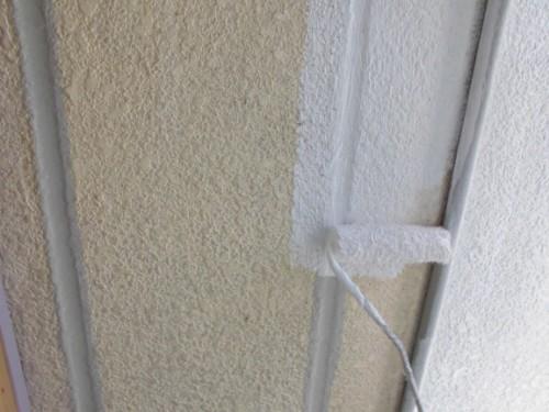 横浜市神奈川区:AC外壁フィラー下塗り