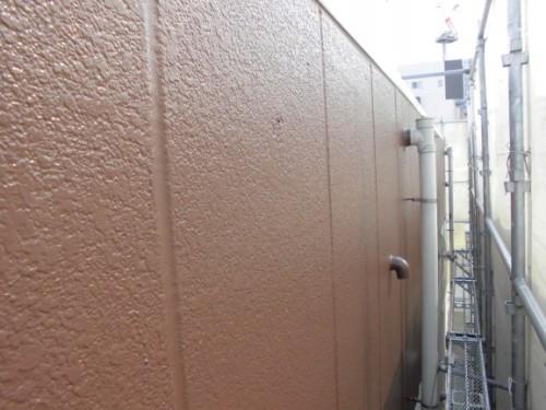 横浜市神奈川区:ALC外壁中塗り後