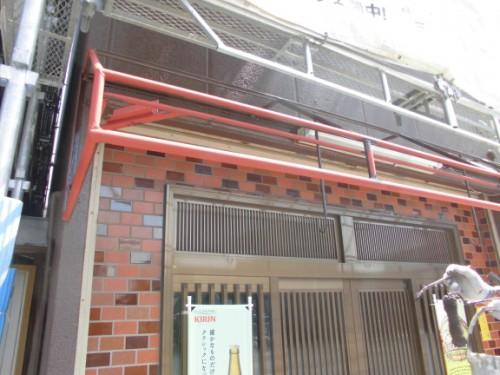 横浜市神奈川区:軒先テント鉄部塗装