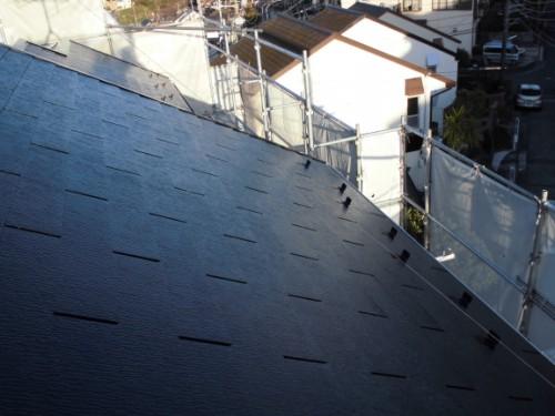 2014年3月22日 栄区公田町:屋根上塗り後