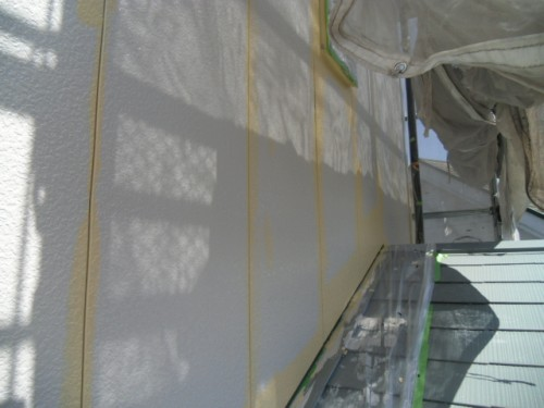旭区鶴ヶ峰本町:外壁上塗り・ダメ込み