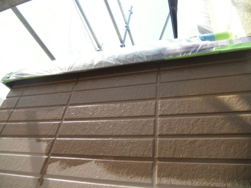 旭区鶴ヶ峰本町:1階外壁上塗り
