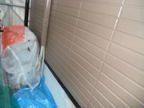 横浜市旭区:サイディング外壁、ホースカバー塗装後