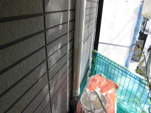 横浜市保土ヶ谷区:ホースカバー中塗り