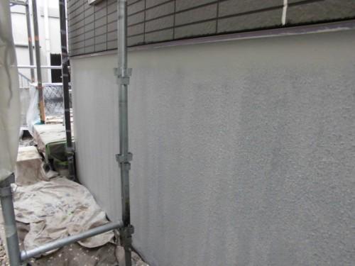 横浜市保土ヶ谷区:基礎中塗りダメ込み