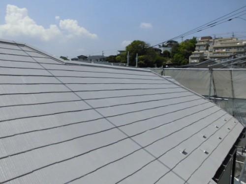 横浜市保土ヶ谷区:屋根上塗り1回目