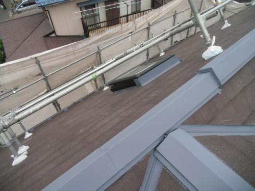 横須賀市久里浜:屋根鉄部下塗り