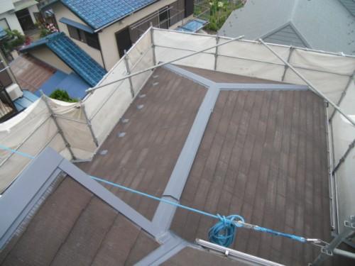 横須賀市久里浜:屋根鉄部下塗り完了