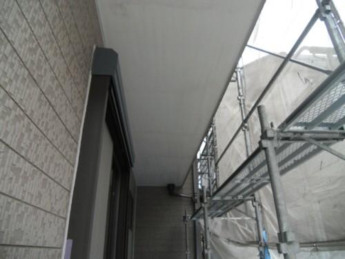 横須賀市久里浜:シーラー塗布後の軒
