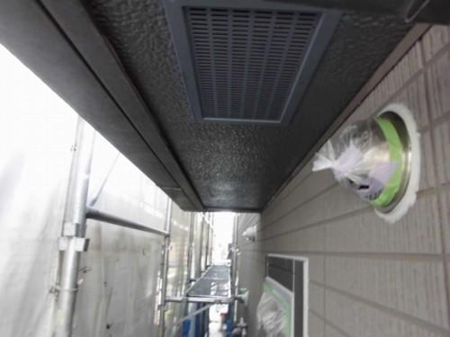 横浜市旭区:軒天下塗り完了後