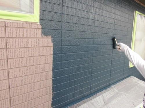 横浜市旭区:外壁中塗り中