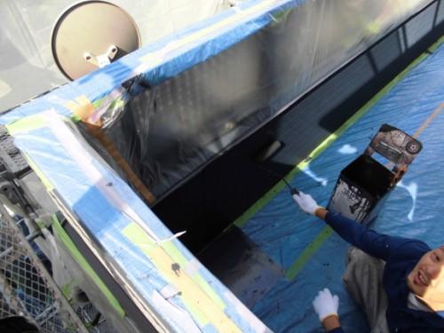 横浜市旭区:ベランダ内壁上塗り
