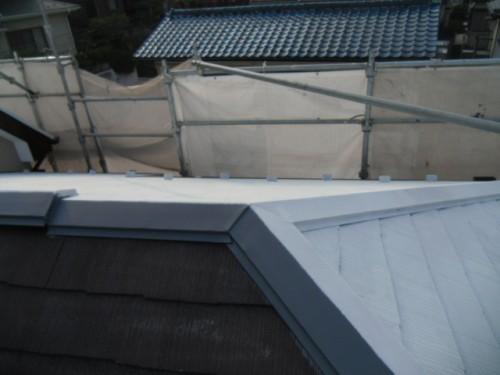 横須賀市久里浜:屋根中塗り1回目