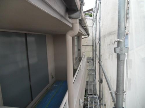 横浜市磯子区:雨戸中塗り後