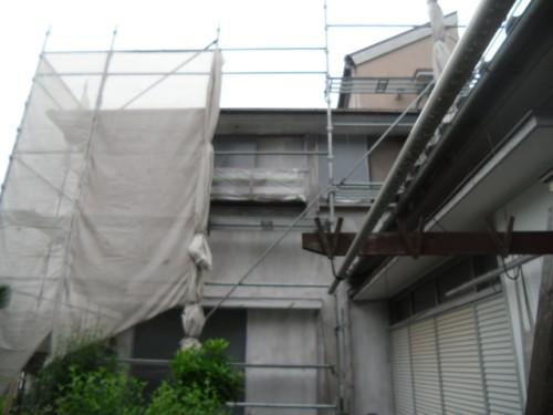 横浜市磯子区:外壁下塗り途中の外観