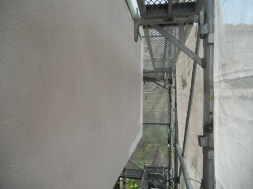 横浜市磯子区:モルタル外壁下塗り