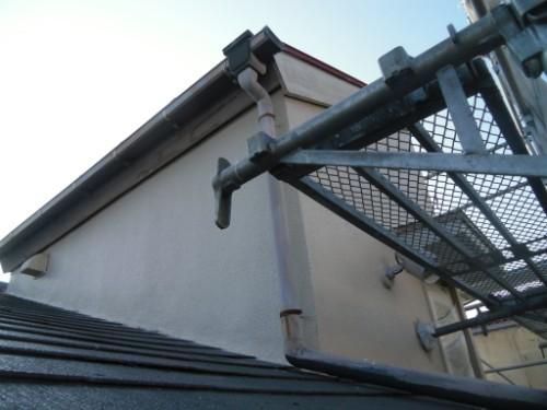 横浜市磯子区:モルタル外壁下塗り後2