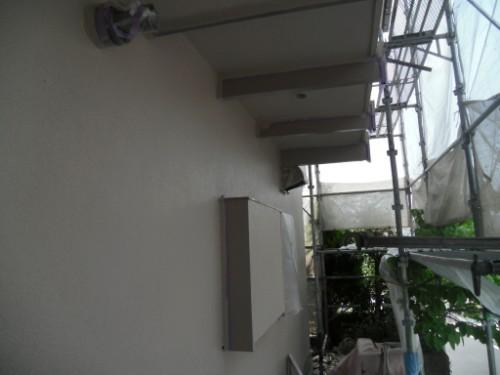 横浜市磯子区:外壁中塗り後