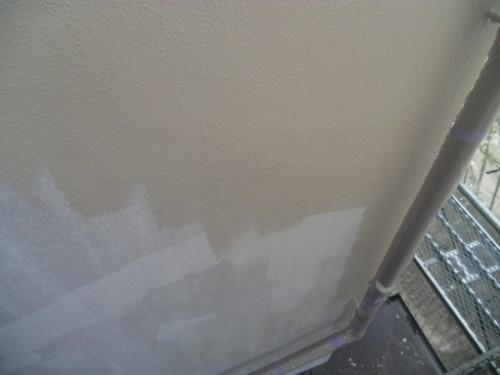 横浜市磯子区:モルタル外壁中塗り2