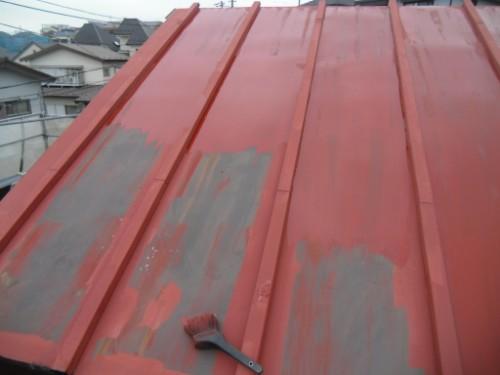 横浜市磯子区:トタン屋根下塗り