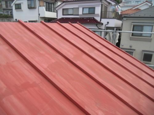 横浜市磯子区:下塗り後のトタン屋根